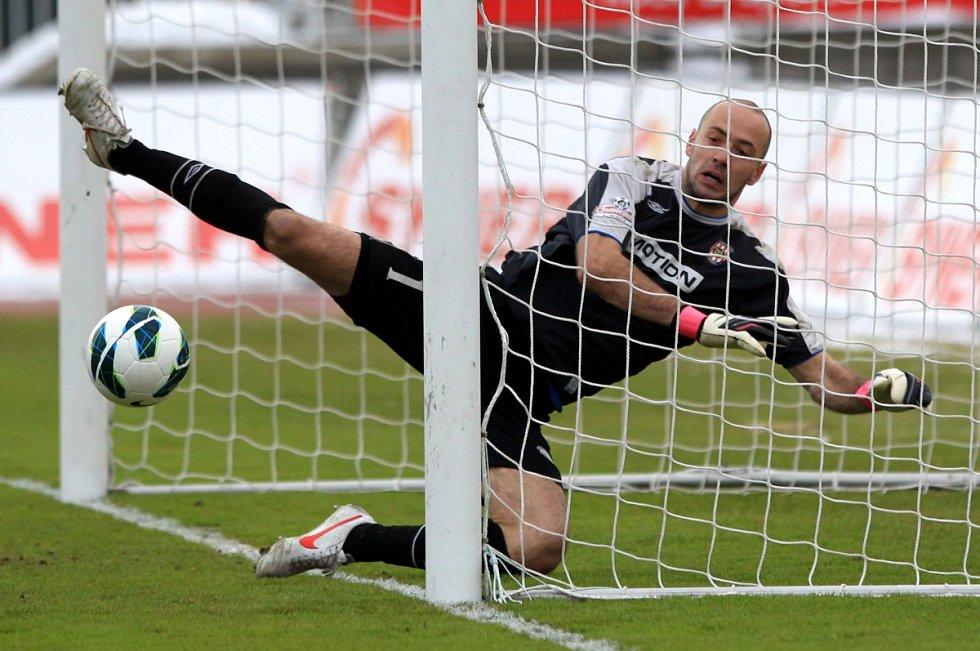 Jablonec porazil doma Brno 2:0. Na snímku brankář Brna Martin Doležal.