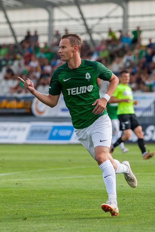 Zápas 4. kola první fotbalové ligy mezi týmy FK Jablonec a MFK Karviná se odehrál 11. srpna na stadionu Střelnice v Jablonci nad Nisou. Na snímku je Jan Chramosta.