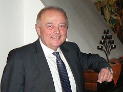 Vladimír Opatrný, předseda KHK Libereckého kraje a daňový poradce.