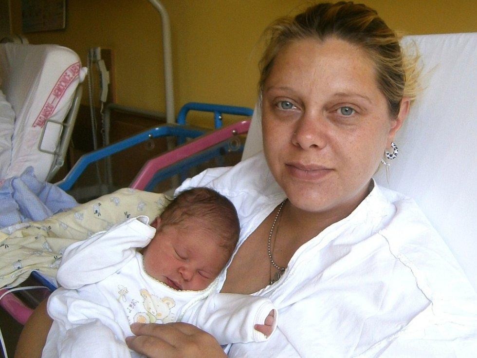 Barborka Štěrbová se narodila Vendule Janouškové a Petrovi Štěrbovi z Jablonce nad Nisou 1.9.2015. Měřila 49 cm a vážila 3200 g.