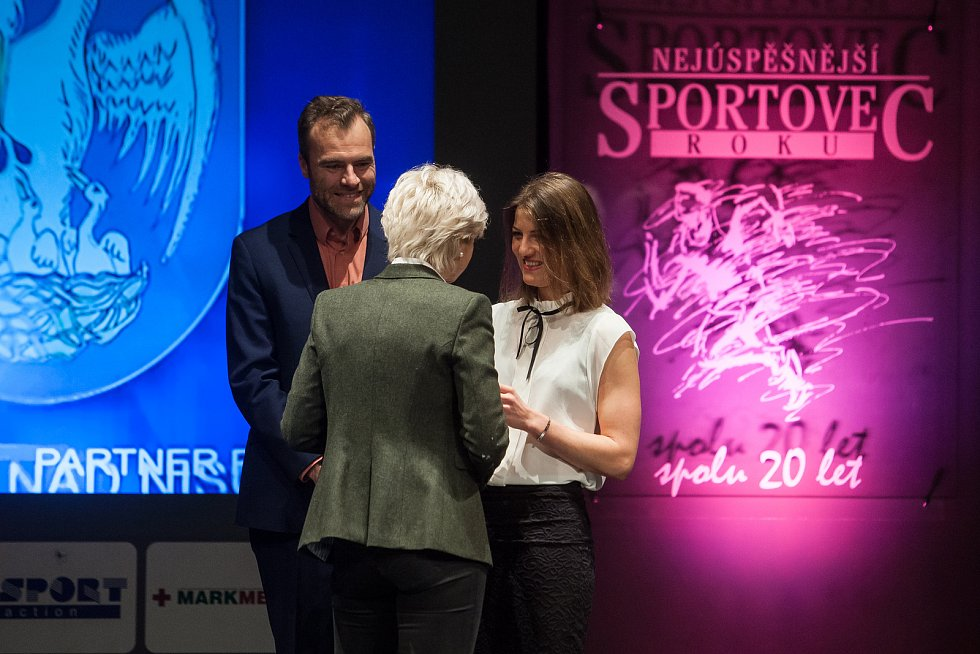 Slavnostní vyhlášení ankety Nejúspěšnější sportovec Jablonecka za rok 2017 proběhlo 29. ledna v Městském divadle v Jablonci nad Nisou. Na snímku vpravo je biatlonistka Jitka Landová.