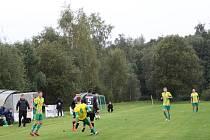 I. A třída. Pěnčín - Velké Hamry B 0:2 (0:0). Pěnčín - žlutozelené dresy. Branky za hosty: 78. Vencbauer, 89. Žitka.