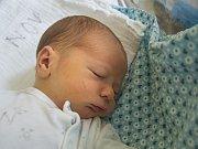 MATĚJ MAŘAN. Narodil se 21. února Adéle Šťovíčkové a Jakubu Mařanovi z Jablonce nad Nisou. Vážil 3,32 kg a měřil 50 cm.