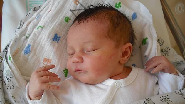Lili Kassem. Narodila se 8.listopadu v jablonecké porodnici mamince Anetě Kassem z Jablonce nad Nisou.Vážila 3,10 kg a měřila 49 cm.