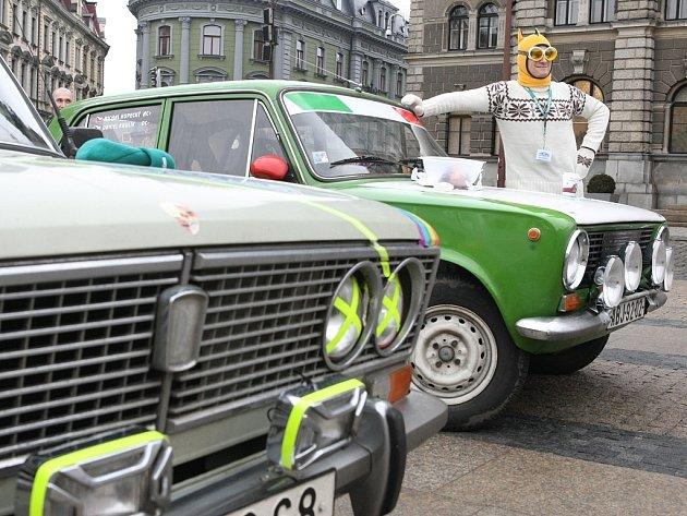 V Libereckém kraji se setkali majitelé automobilových veteránů při severočeském Monte Carlo.