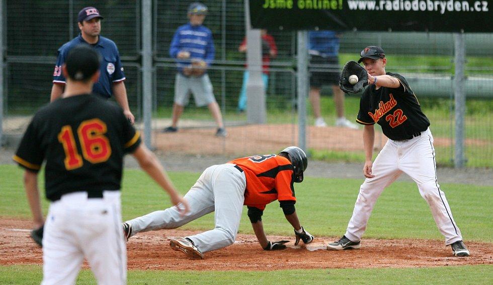 Mistrem Evropy v kategorii kadetů se stalo Holandsko (v oranžovém), které porazilo ve finále Německo 10:5.