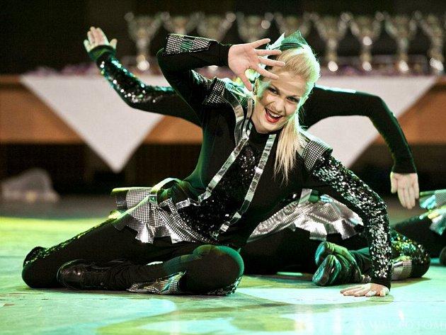 Finále přestižní kategorie dospělých při mistrovství Čech Dance Life Tour 2012. To se konalo v jablonecké Městské hale u přehrady a tančit přijelo přes dva tisíce lidí.
