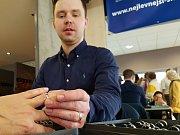 Euroregion Tour 2017, soutěž regionálních výrobců. 2. MÍSTO jako představitel regionálních šperkařů získal od poroty Rostislav Rakušan ze Smržovky.