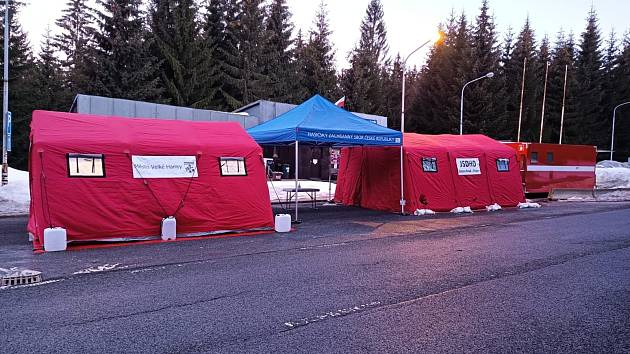 Hasiči připravili testovací stanoviště v Harrachově.