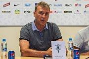 Tisková konference klubu FK Jablonec před startem nové sezony proběhla 25. července v Jablonci nad Nisou. Na snímku hlavní trenér Zdeněk Klucký.