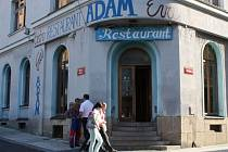 Prázdná restaurace Adam a Eva