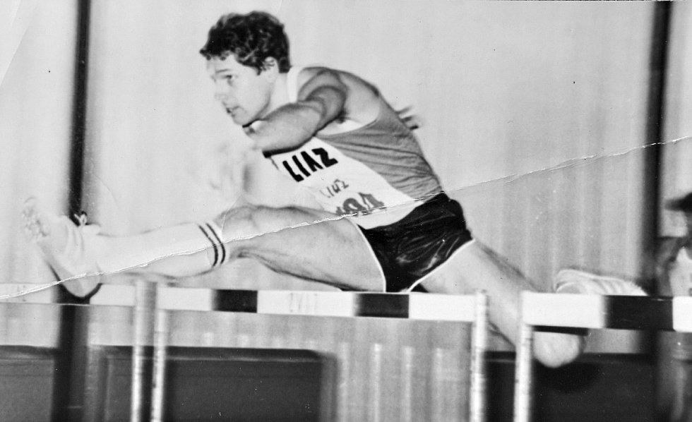 Jiří Čeřovský zamlada jako špičkový československý atlet.