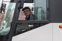 Řidiči autobusů v Libereckém kraji otevřeně hovoří o stávce. Poslední výplatní termín ukázal, že přidáno dostali jen minimálně, někteří dokonce za leden brali méně.