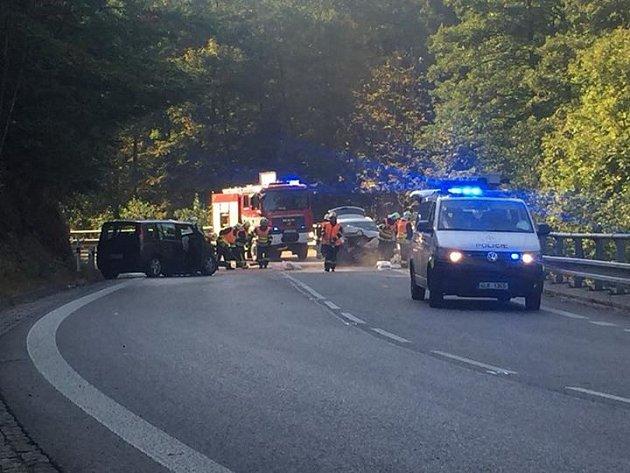 Na silnici číslo 14 u obce Lučany nad Nisou došlo k vážné nehodě.