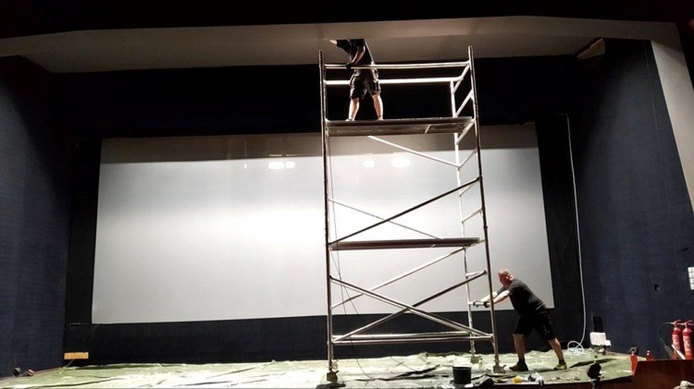 Kino v Železném Brodě.