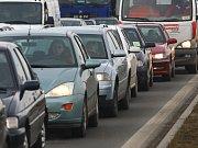 Automobilová doprava. Ilustrační snímek.