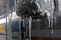 Ledovka a námraza. Ilustrační snímek.