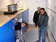 Obecně prospěšná společnosti Dětství bez úrazů představila na parkovišti Spolkového domu v Jablonci nad Nisou také obří kuchyni.
