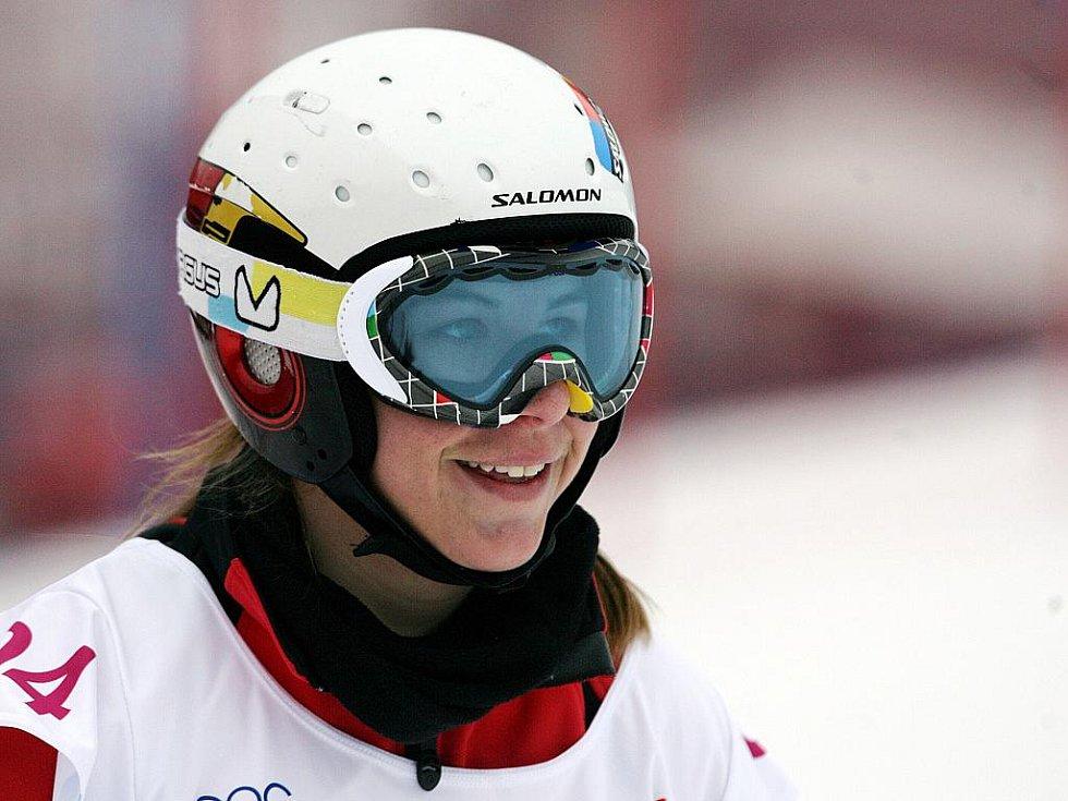 Ve skiareálu Rejdice vyhrála v paralelním obřím slalomu na snowboardu na evropské olympiádě mládeže EYOWF 2011 Ester Ledecká.