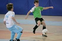 Fotbalový turnaj přípravek v městské hale vyhráli hráči Baumitu Jablonec.