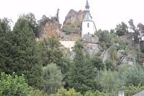 Opravy opěrné zdi a terasy na Vranově