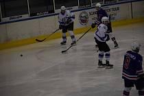Ani v dalším zápase II. hokejové ligy se Vlkům nepodařilo protrhnout smůlu a konečně si body připsat na svůj účet.