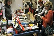 Knihy jsou stále oblíbeným dárkem