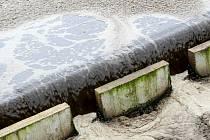 Podle Evropské unie mají být do do konce roku 2010 odkanalizovány a čištěny odpadní vody ze sídel nad dva tisíce obyvatel.