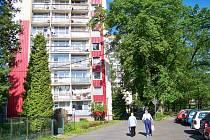 Jiráskovo nábřeží v Železném Brodě.