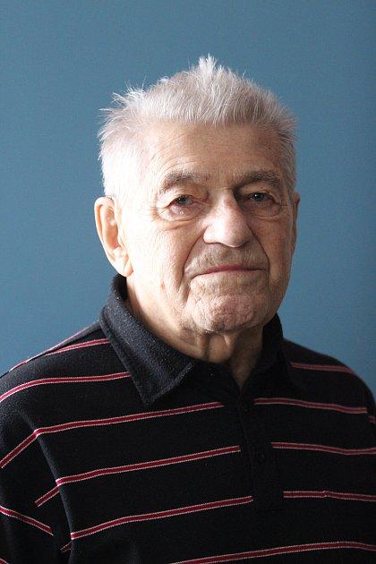 Zakladatel a pamětník jabloneckého juda Václav Vrkoč, který ještě před dvěma roky učil žáky, jak se dělá kotrmelec a předával jim své zkušenosti.