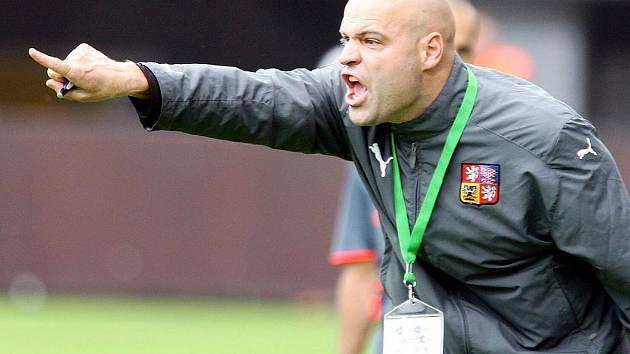 Reprezentační trenér Jakub Dovalil.
