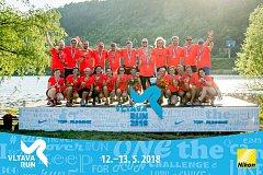 Skupina jabloneckých běžců běžela ve dne v noci Vltava run, závod sezóny.