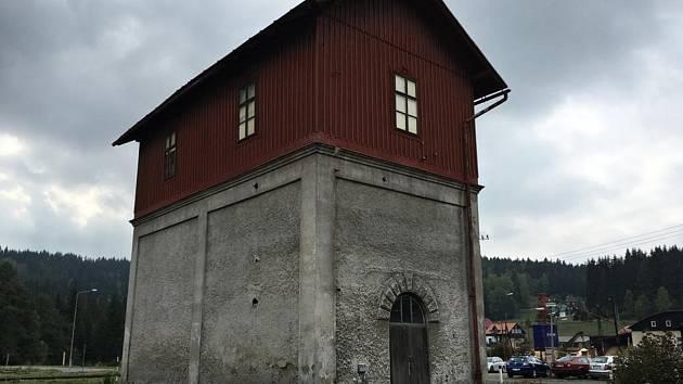 Obec Kořenov chce od Českých drah koupit objekt Vodárny v Kořenově, vznikne komplex technických památek.
