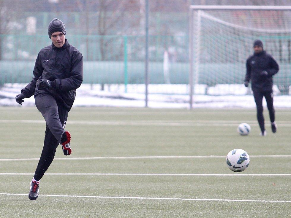 Fotbalisté Jablonce zahájili ve středu zimní přípravu. Na snímku Lukáš Třešňák při tréninku.