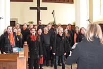 Generace Gospel Choir pracuje pod vedením Petra Činčaly v Centru Generace Liberec a Jablonec. Sdružuje zpěváky několika generací.
