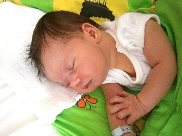 Kateřina Šíchová se narodila Pavlíně a Davidovi Šíchovým z Jablonce nad Nisou 3.8.2015. Měřila 52 cm a vážila 3850 g.
