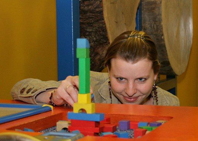 Stovka učitelů oslavila svůj svátek v libereckém iQparku, mezi nimi byla i Andrea Břicháčková z Gymnázia v Turnově.
