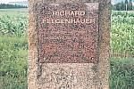 Pamětní deska rychnovskému malíři Richardu Felgenhauerovi - Scheybalova stezka č. 12