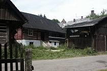 Jednou ze semilských ulic, kde dřevěné chalupy ještě před několika desítkami let převažovaly, je Jílovecká ulice.