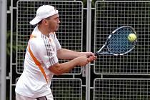 Semifinálová utkání okresního přeboru v tenisu mezi B-týmy TK Břízky Jablonec nad Nisou a Start Liberec.
