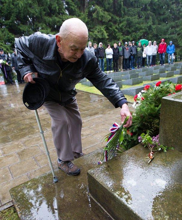 Památku válečných obětí uctili v Jablonci