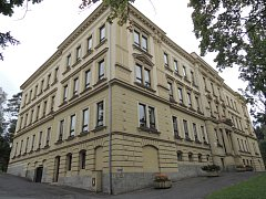 Budova tanvaldského gymnázia
