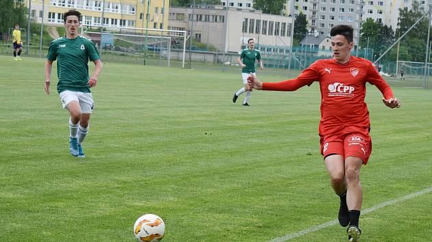 V přátelském zápase A týmu Jiskry Mšeno se svěřenci trenéra Miroslava Procházky potkali s dorostem FK Jablonec. S průběhem zápasu byl trenér spokojený.