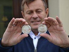Medaile ke 110. výročí, ředitel Městského divadla Pavel Žur.