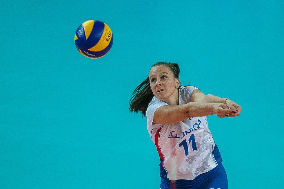 Kvalifikační utkání o postup na volejbalové mistrovství Evropy 2019 žen mezi reprezentačním výběrem České republiky a Estonska se odehrálo 22. srpna v Jablonci nad Nisou. Na snímku je Veronika Dostálová.