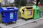 Kontejnery na tříděný odpad. Ilustrační snímek