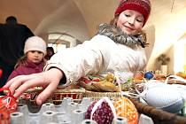 Na jarmarku bude k sehnání tradiční velikonoční zboží a ani kraslice chybět nebudou.