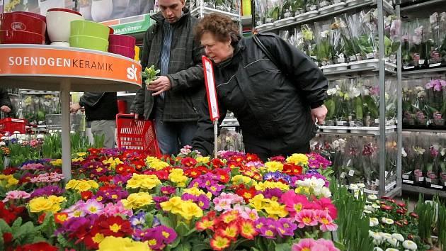 Jarní nákupní horečka stoupá