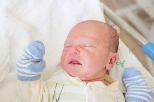 RICHARD ELIÁŠ se narodil v pátek 6. dubna mamince Sabině Havlíkové z Jablonce nad Nisou. Měřil 47 cm a vážil 3,50 kg.