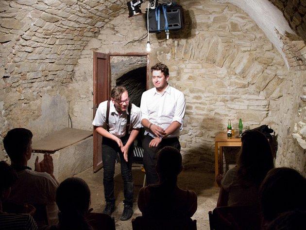 Mladí herci na divadelním festivalu v Roudnici nad Labem nelenili.